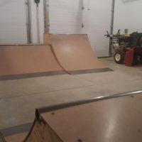 quarter pipe gnarbear skateboard skateboarding ramps garage