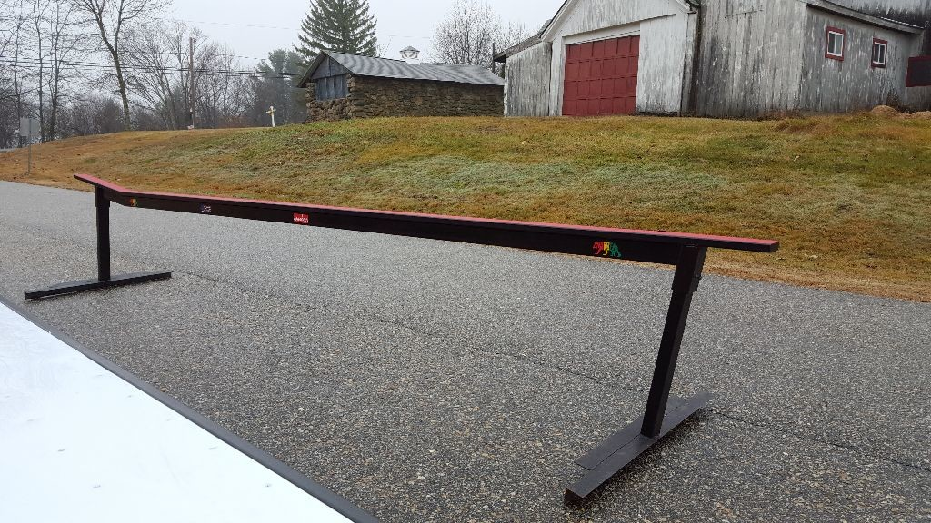 Custom Built Snowboard Skate Rails Boxes For Sale - Backyard snowboarding